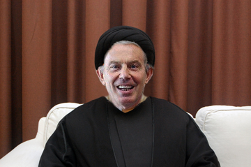 Tony Blair poses for his first Caliph pic