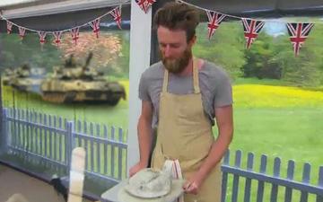 British-Bake-Off-Russian-T-80-Tanks