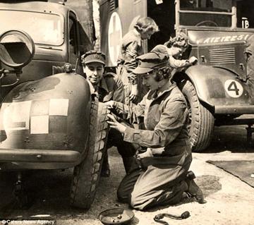 queen ATS tyre change