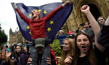 Brexit-eu-protest-indoctrinated-youth