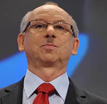 Unelected Eurocrat Janusz Lewandowski is happy with Sector 4's progress