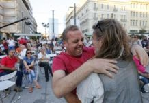 Greeks celebrate OXI vote
