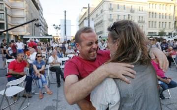 Greeks celebrate OXI vote