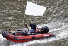 jo-cox-boat