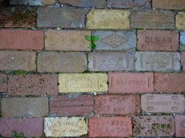 vintage bricks make money
