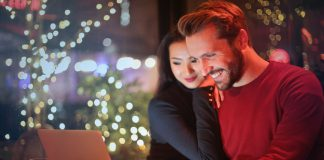 online casino1 couple