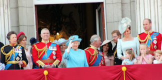 windsors buckingham palace meghan