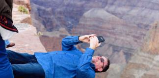 selfie death cliff