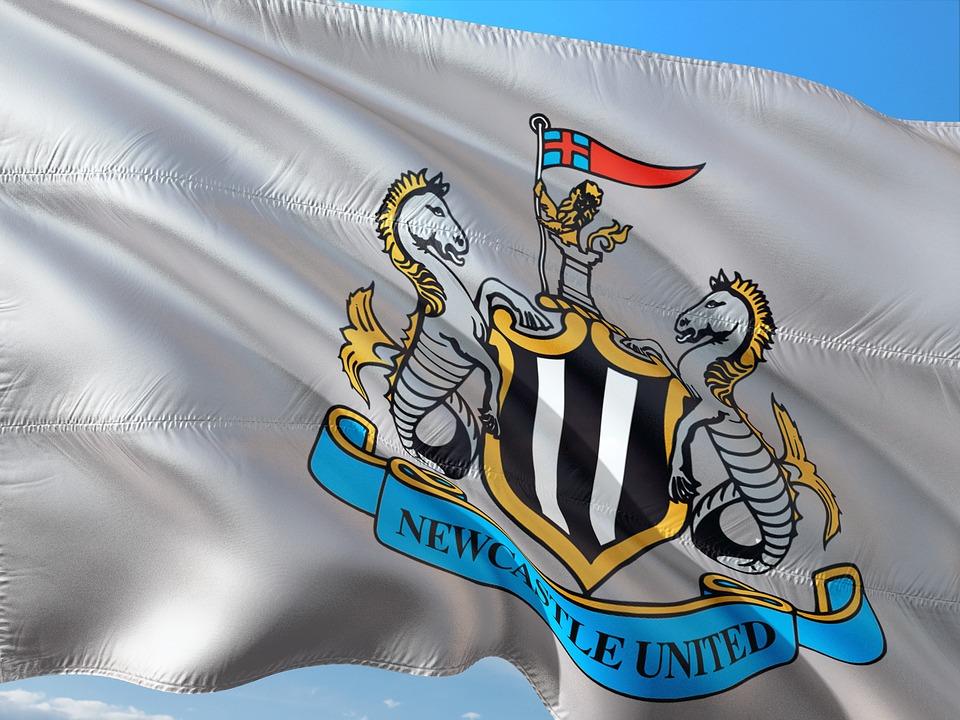 newcastle united flag