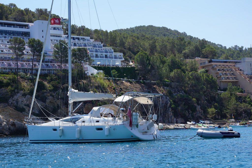 boat-ibiza
