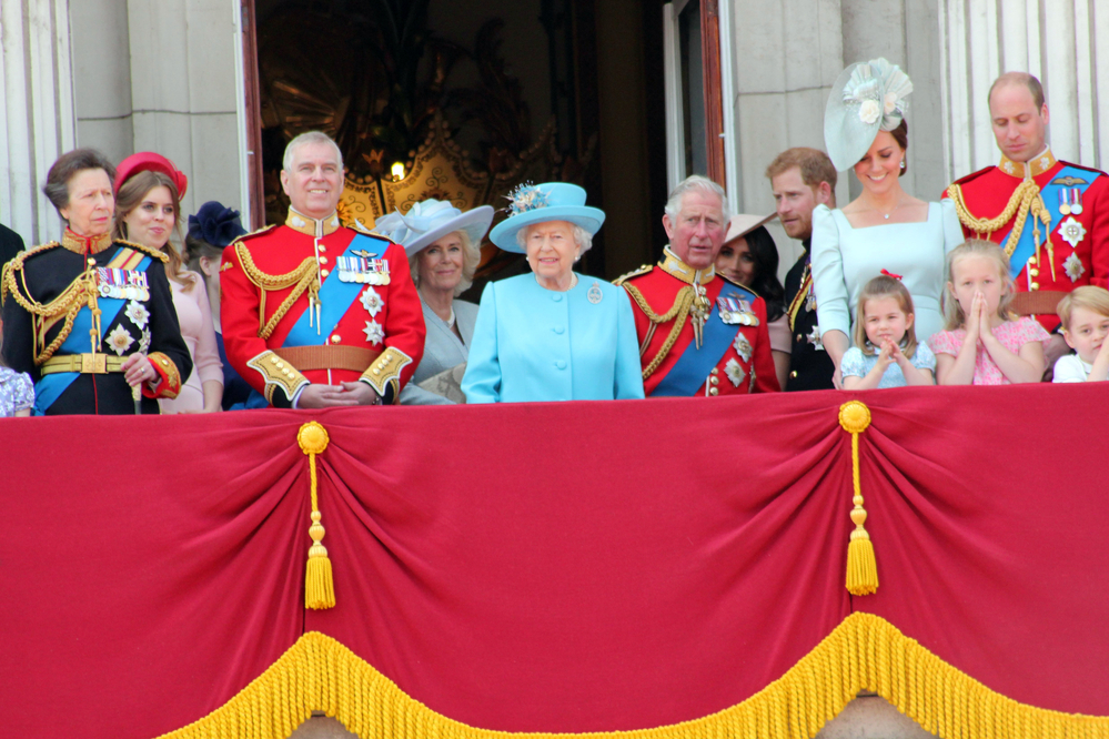 Queen Elizabeth Royal Family, Buckingham Palace