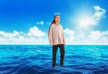 Greta Thunberg walking across Atlantic Ocean
