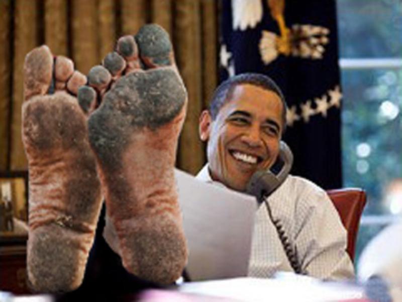 Obama_FeetUp_OVAL-ROOM-big POLITICAL SATIRE