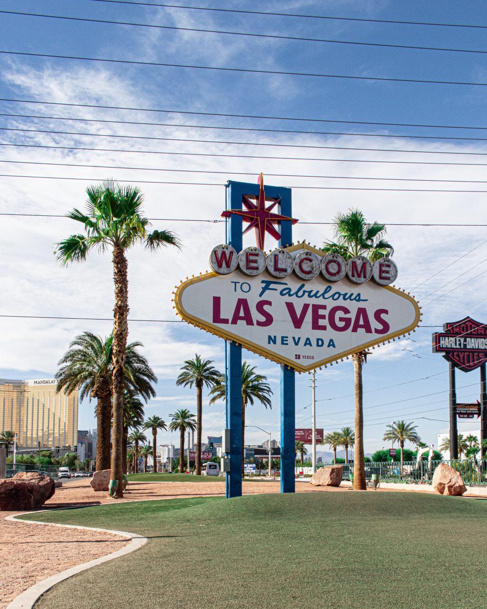 las-vegas-signage-2600214 Cameron Rainey - pexels