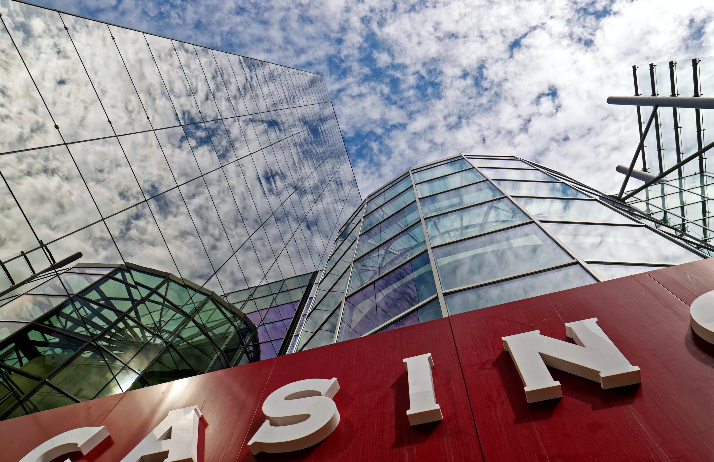 online casino office